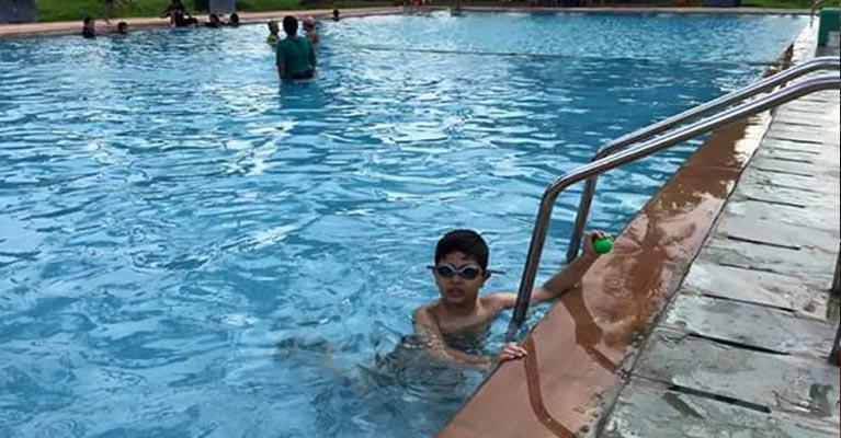 Uttan gorai manori beach resort near by mumbai via bhayandar west for Bungalows in gorai with swimming pool